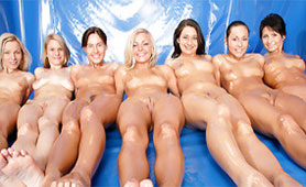 Group of Amateur Voluptuous Chicks Oiled Up their Bodies and Helped Each Other to Reach Orgasm